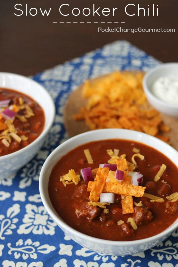 Slow Cooker Chili - the perfect comfort food for cold Winter days! Quick - Easy - Delicious! Pin to your Recipe Board!