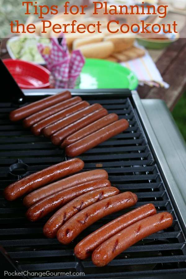 Don't let the stress of hosting a cookout or party stop you from enjoying time with family and friends! Here are Tips for Planning the Perfect Cookout!