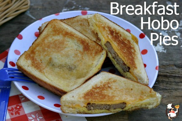 Breakfast Hobo Pies Recipe :: PocketChangeGourmet.com