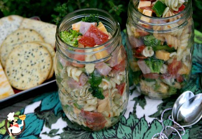 Deli Style Pasta Salad in a Jar :: Recipe on PocketChangeGourmet.com