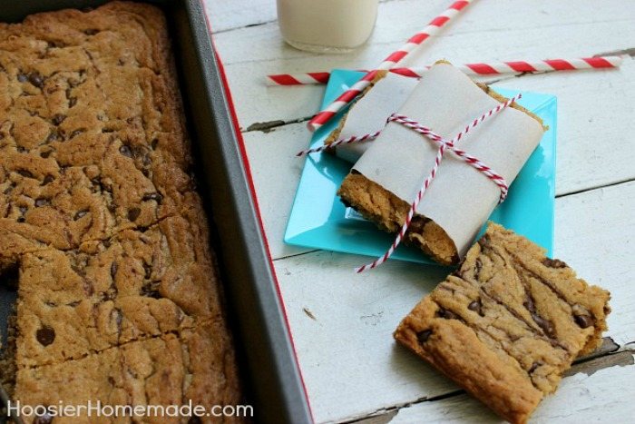 Peanut Butter Swirl Bars :: Recipe on HoosierHomemade.com
