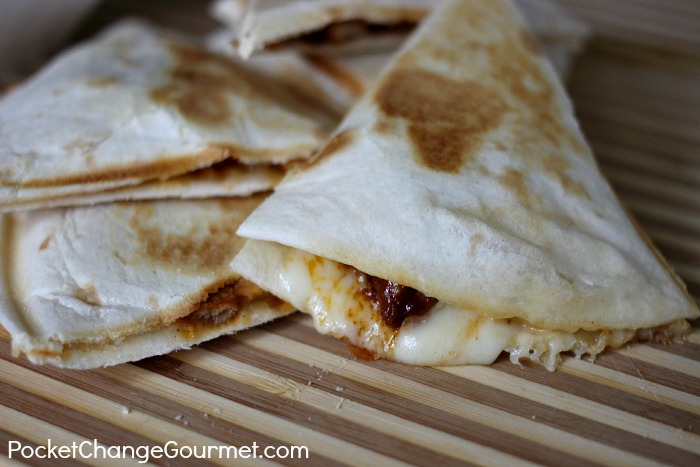 Easy Chicken Quesadillas :: Recipe on PocketChangeGourmet.com
