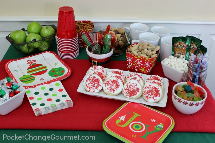 Holiday Table for Family and Guests | PocketChangeGourmet.com