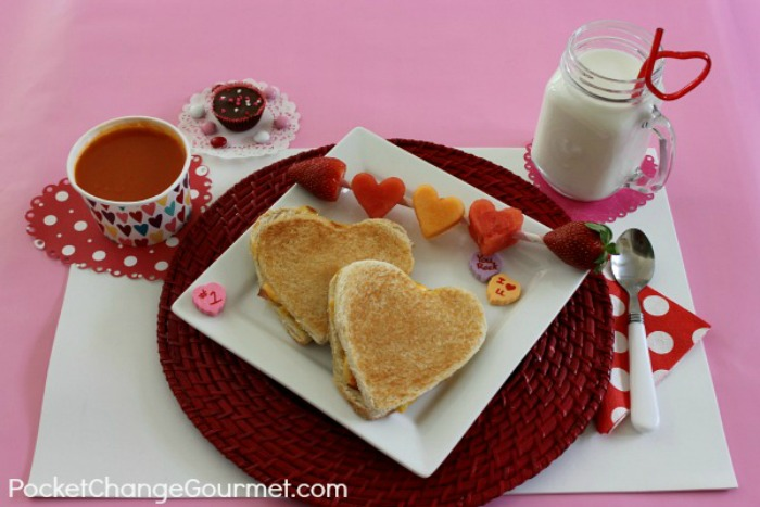 Valentine's Day Lunch for the Kids | Recipes on PocketChangeGourmet.com
