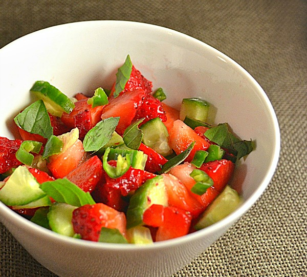 strawberry-cucumber-salsa
