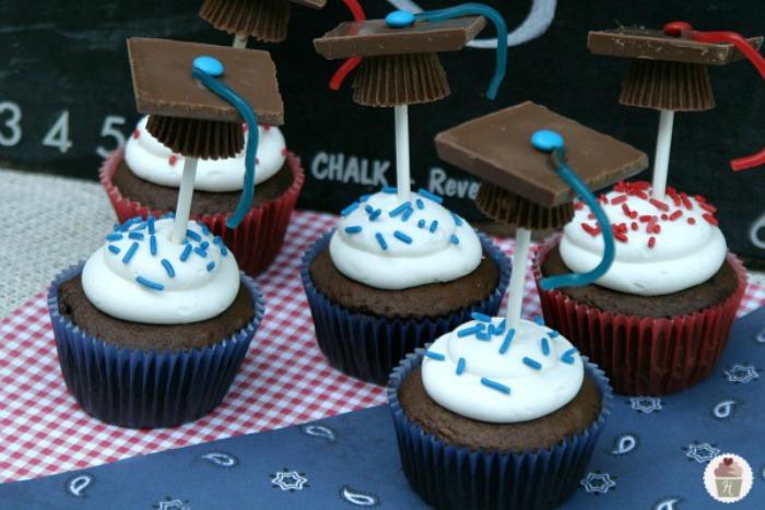 Graduation-Cap-Cupcakes