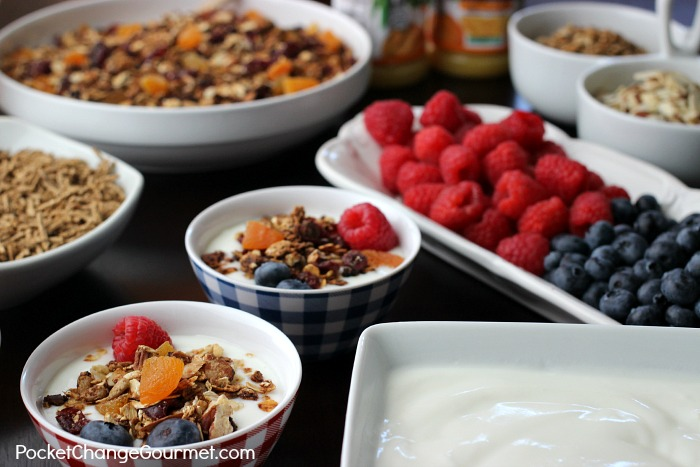 Healthy Breakfast Bar | on PocketChangeGourmet.com
