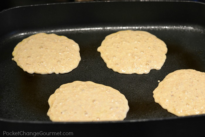Oatmeal-Buttermilk-Pancakes-Recipe.cooked