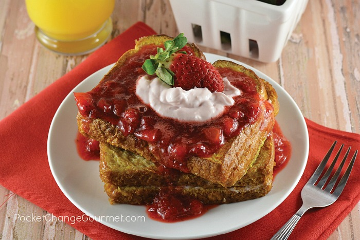 French Toast filled with Strawberry