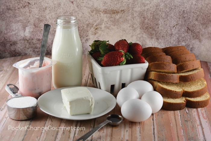 Ingredients for French Toast filled with Strawberry