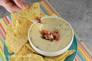 QUESCO CHEESE DIP | Only 3 ingredients to make this easy recipe