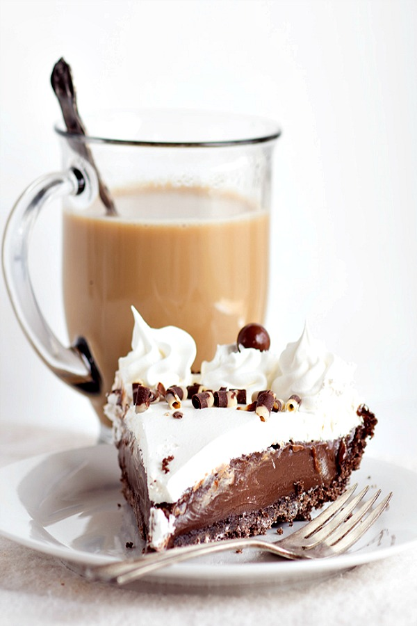 Mocha Cream Pie from Cookie Dough and Oven MItt.