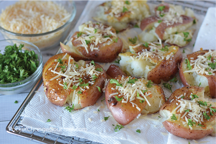 Crispy on the outside, creamy on the inside - these Fried Smashed Potatoes are easy to make and taste delicious! Perfect with any meal!