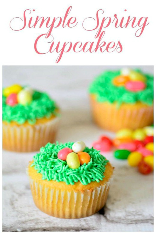 Simple Spring Cupcakes from Thinking Outside the Sandbox