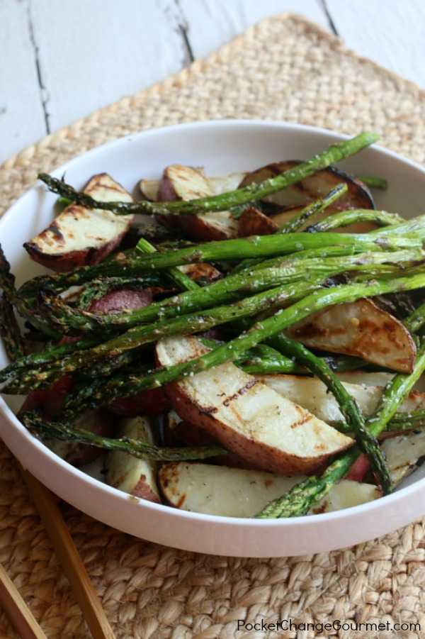 This simple Grilled Asparagus and Red Potatoes side dish goes together in minutes and is great with burgers, hot dogs, chicken and more!