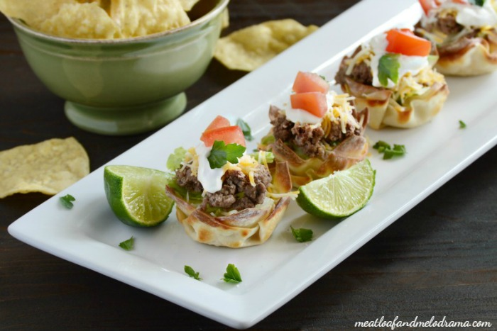 Mini Taco Salad Cups from Meatloaf and Melodrama