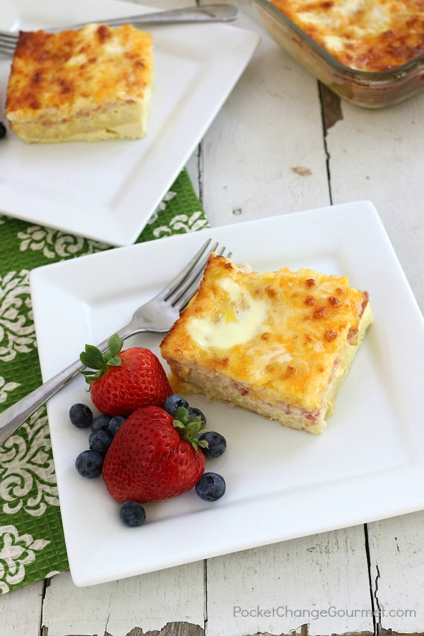 MAKE AHEAD BREAKFAST CASSEROLE - Getting the kids ready can be a handful, but making breakfast on top of that? Forget about it! But wait, what if you actually could? Skip the preparation in the morning with this make ahead breakfast casserole.