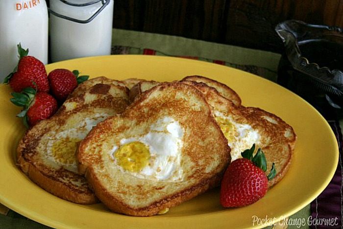 french-toast Egg in a Hole