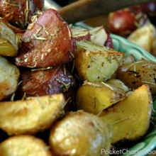 garlic-rosemary-roasted-potatoes-220