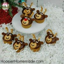 reindeer-cupcakes-220