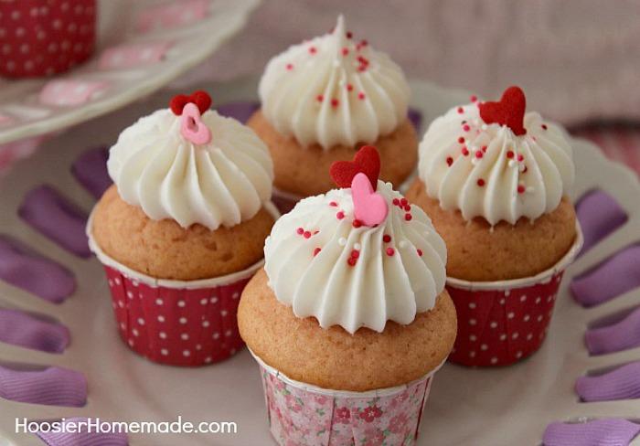 Pink-Velvet-Cupcakes